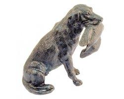 Statuette labrador avec canard en bronze