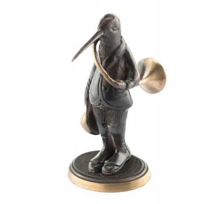 Statuette bécasse avec trompe de chasse en bronze